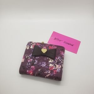 Betsey Johnson Floral Small Zip Wallet.
